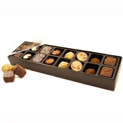Fylld choklad i ask 16 bitar - Skicka choklad - Skicka blommor och Presenter i Stockholm